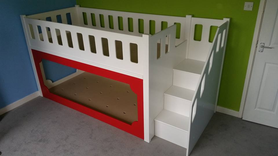Bunk Bed Twin Sleeper Two Tone With Three Stairs White with Red Trim