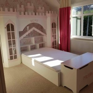 Dollshouse Bed