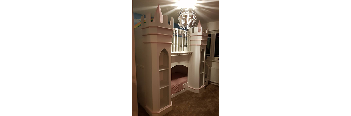 princess-palace-theme-bed.png